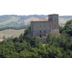 castello-di-pellegrino-parmense-foto1