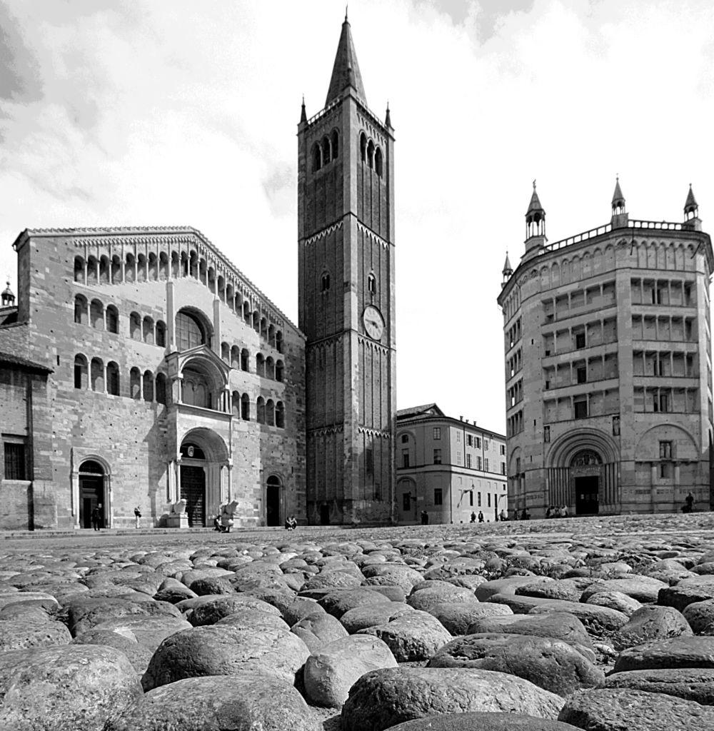 Piazza Duomo bianco e nero