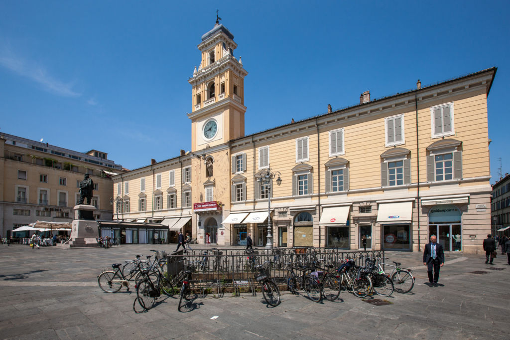 Palazzo del Governatore Piazza Garibaldi