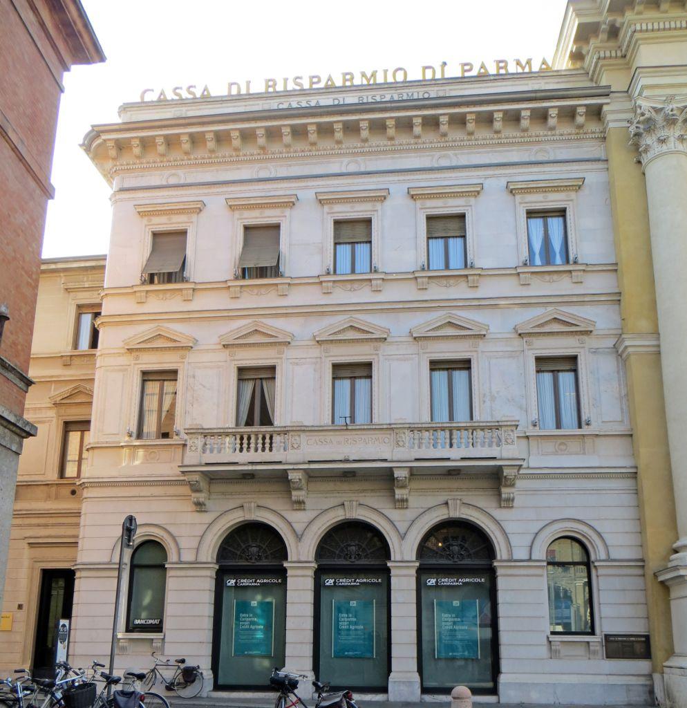 Palazzo della Cassa di Risparmio di Parma facciata