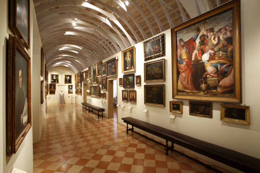 Pinacoteca Stuard sala