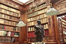 biblioteca-storica-della-fondazione-cariparma-foto1