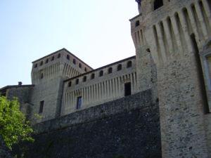 il-fantasma-del-castello-di-torrechiara-foto1