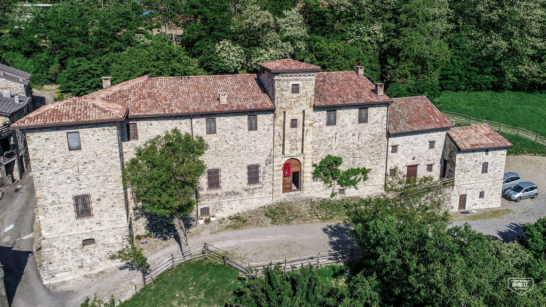 Il Castello Malaspina di Gambaro al centro dei rapporti economici e sociali agli esordi dell'età moderna