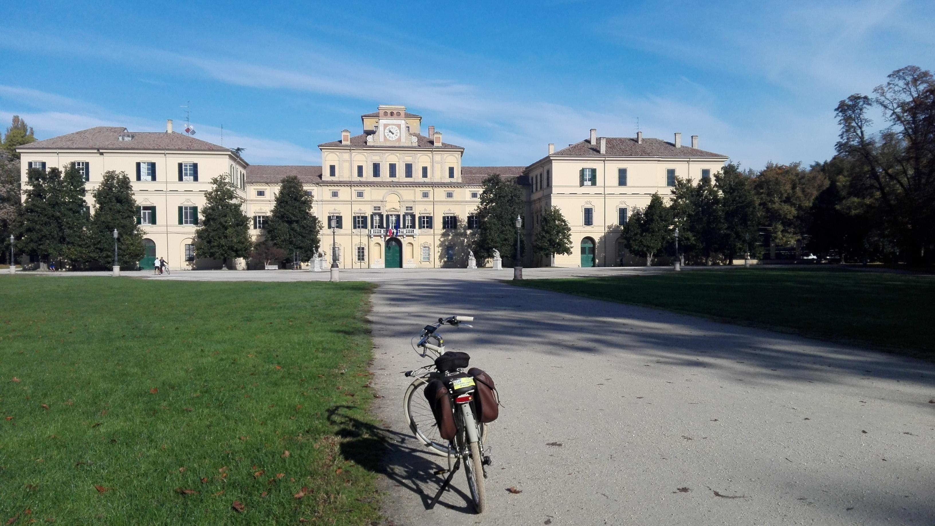 palazzo ducale parma2.jpg
