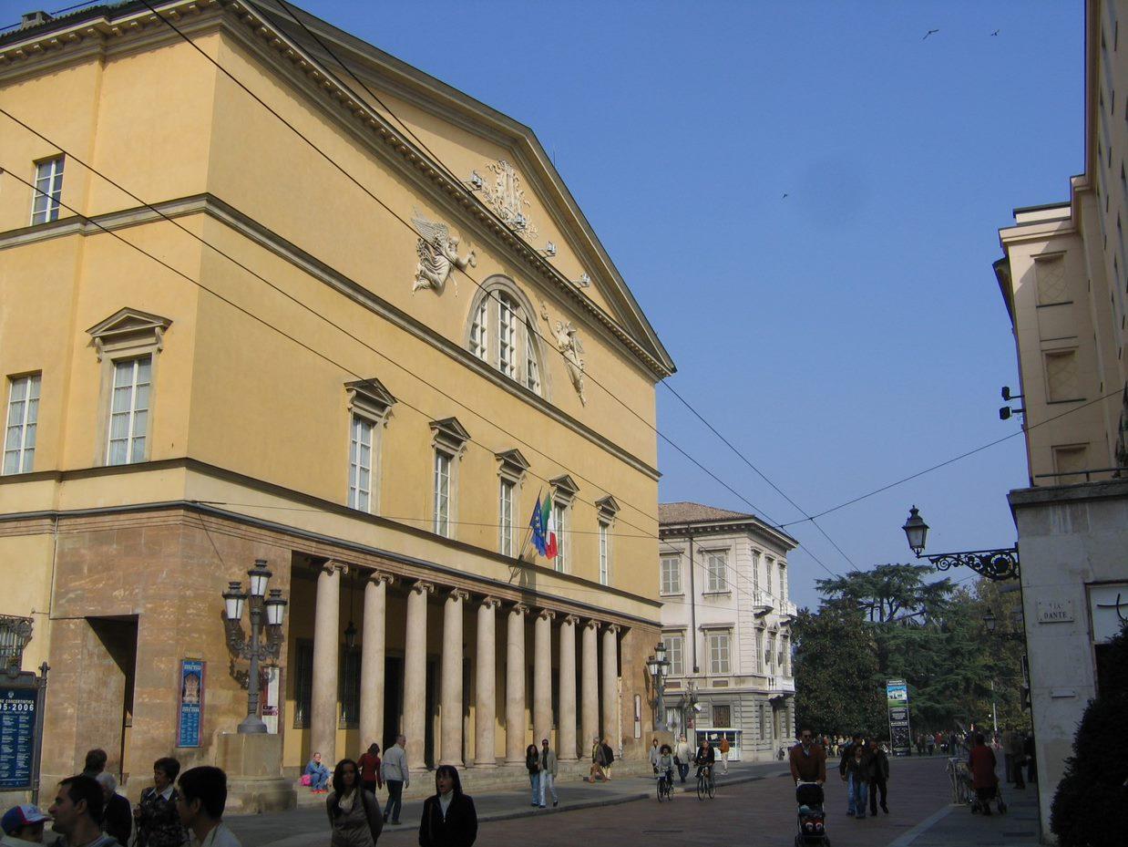 TeatroRegio.jpg