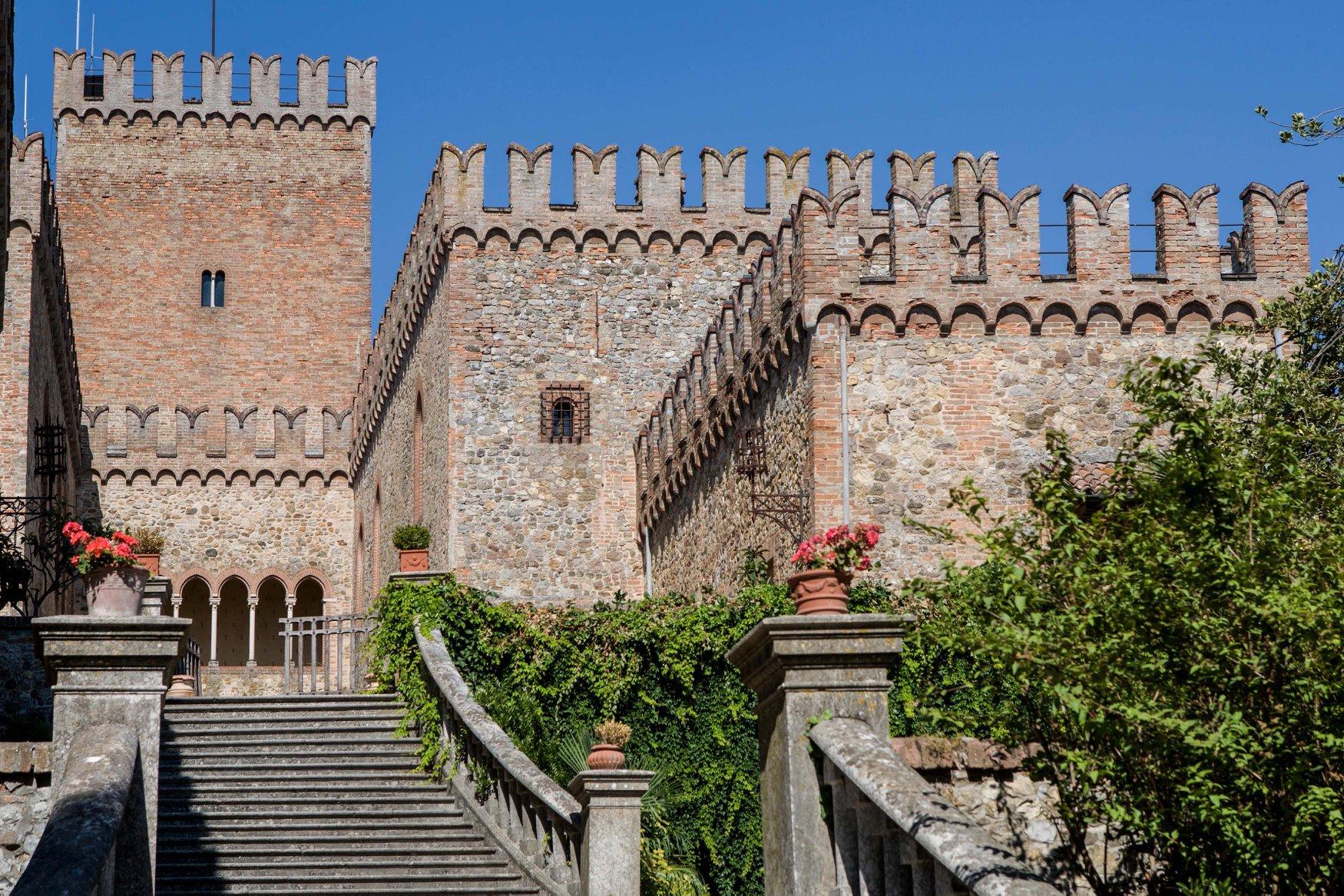 Tabiano Castello.jpg